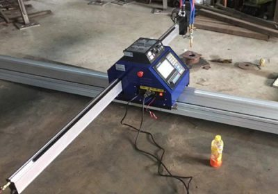 金屬切割機有效面積1500 * 2500mm等離子cnc切割機,帶等離子炬和弧高